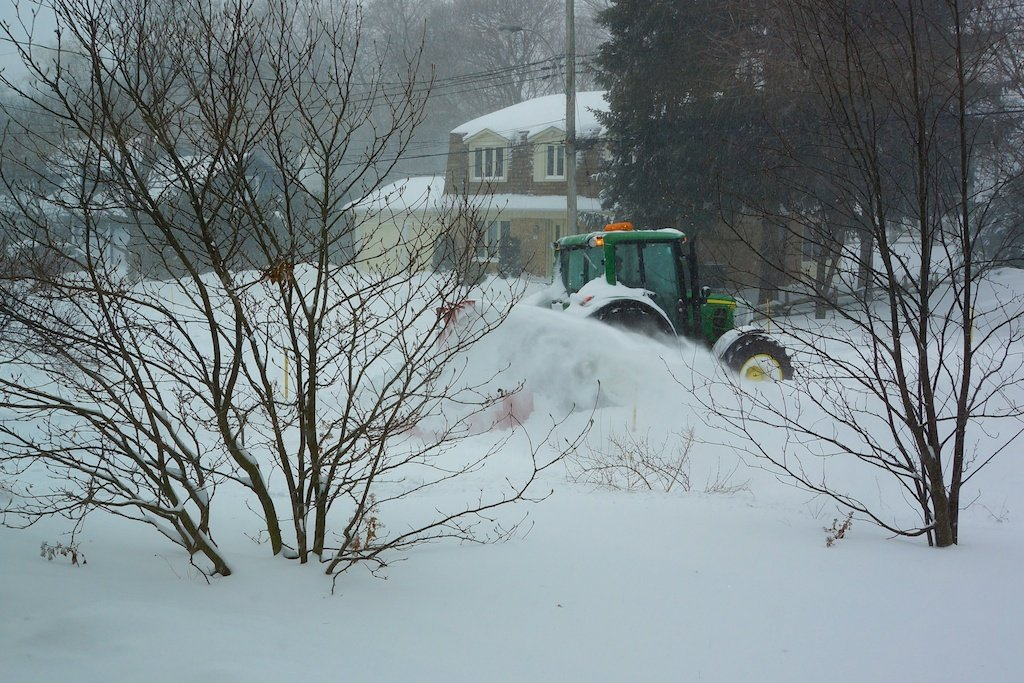 How to clear snow from the drive