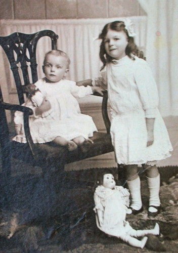 1912 (approx) with older sister Olive and a doll